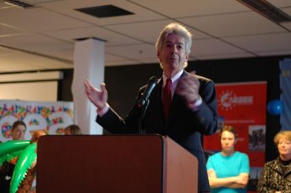 Minister of Education Plasterk speaking at the AGM 2009