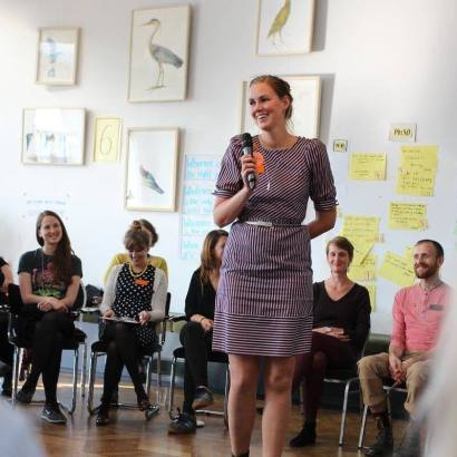 Annabel Speaking at the Etsy Captains Summit 2015